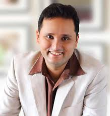 Amish Tripathi signs Rs 5 crore book deal with Westland