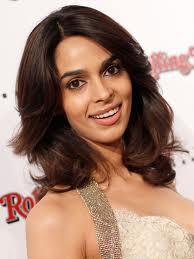 Vadodara court summons Mallika Sherawat on obscenity
